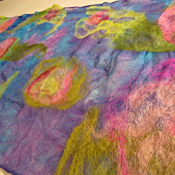 Class Image Nuno-Felted Scarf