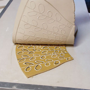 Class Image Introduction to Lino Cutting for Metal Clay Artists