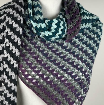 Class Image NEW! 308 Crocheted Scarf