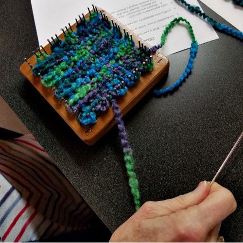 Class Image Pin Loom Projects Workshop