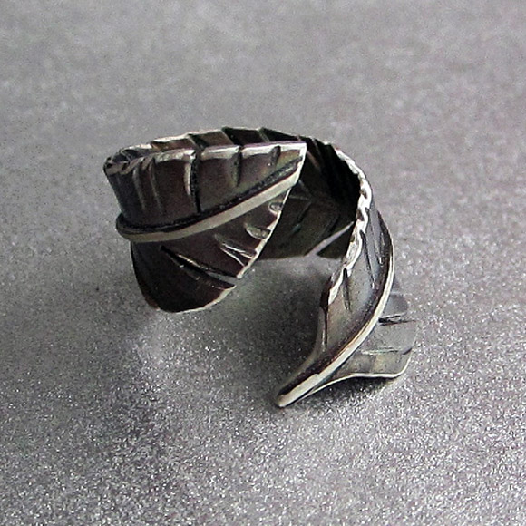 Class Image Silver Feather Wrap Ring Workshop