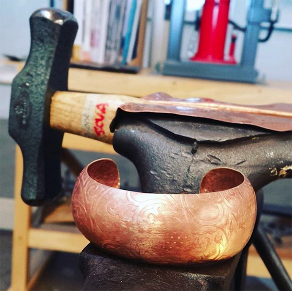 Class Image Guided Metals Studio