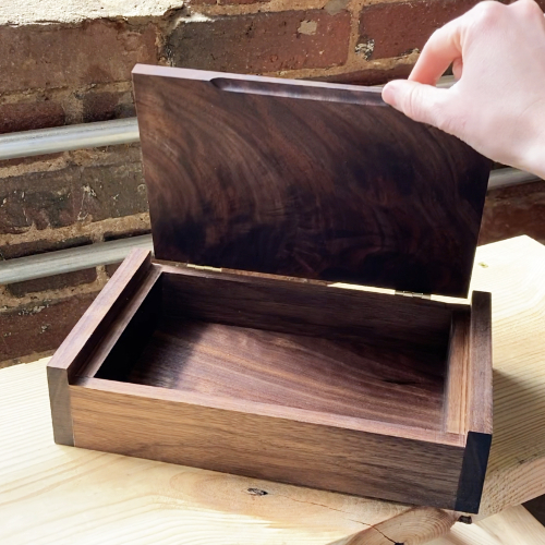 Class Image Beginning Woodworking - The Box