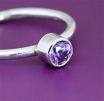 Class Image NEW! 512. Faceted Stone Tube Set Ring and Stud Earrings