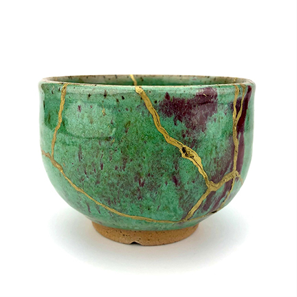 Class Image Kintsugi Pottery: Embracing Imperfections