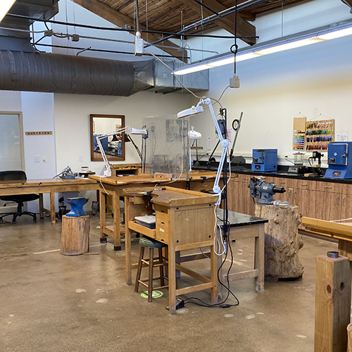 Class Image Open Metals Studio - Friday Morning Series